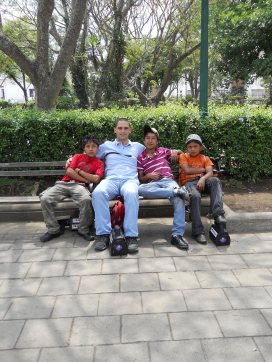 Jesse and the boys (Gregorio, Martin, Juan Carlos)